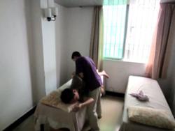 Le massage chinois par les aveugles