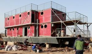 Un chinois construit son arche de Noé pour échapper à la fin du monde