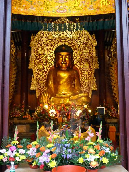 Moines Bouddha